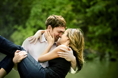 最高にロマンチックなキスのベストタイミング厳選20とは?