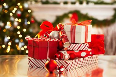 彼女が必ず喜ぶ!今年のクリスマスプレゼント厳選12選