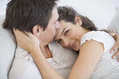 彼氏が不安になる彼女の行動と、彼の不安を取り除く方法10選