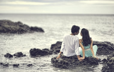 彼氏にキスされたい!彼に可愛くキスされるための誘い方19選