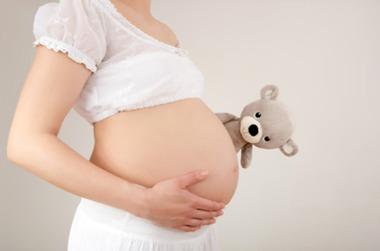 彼女が妊娠した時に男性がやるべき行動16選!壮絶な中絶体験談とは?