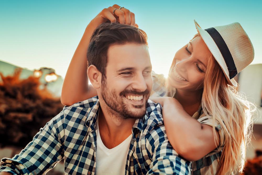 もう離れたくない…復縁から結婚したカップルの特徴14選