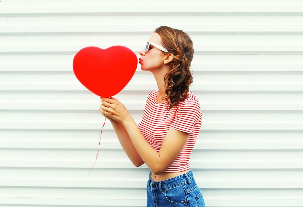 恋人がほしい!SNSで素敵な人と出会えるおすすめアプリ4選