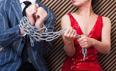 束縛彼女のキツイ束縛を即効で辞めさせる方法