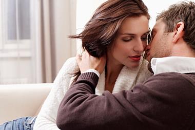キスの仕方が分からない!好きな人を興奮させるキスの手順とは?