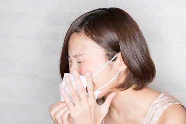 クサッ!彼女が臭い原因と傷つけずに改善させる方法12選