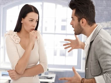 もうウンザリ!男性が「彼女をうざい」と感じる瞬間20個