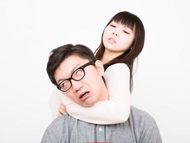 重すぎる…男性が愛想をつかす重い彼女の共通点20個とは?