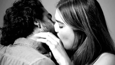 最高の初キスを演出!初キスを成功させるタイミングと注意点とは?