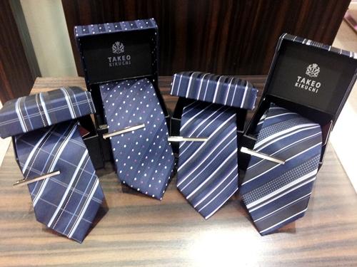 ネクタイをプレゼントする時に知っておきたいオススメブランド9選