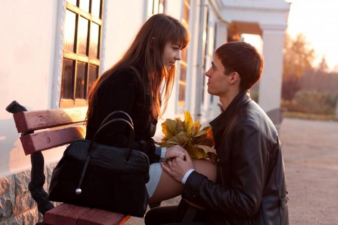 ドS彼氏の特徴や、ドSな彼の心をくすぐる行動11選