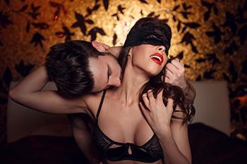 「こたつがかり」はマンネリ気味のカップルに効果的な秘密の体位